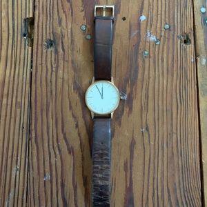 Uniform wares 150 series watch
